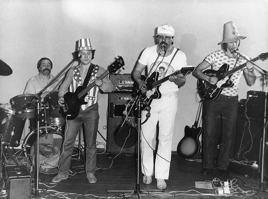 Популярная музыка в Ленинграде – Петербурге. 1965–2005. Том3 i_034.jpg
