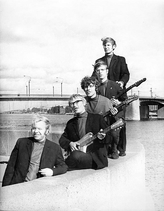 Популярная музыка в Ленинграде – Петербурге. 1965–2005. Том3 i_041.jpg